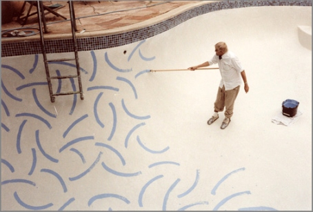 Hockney painting pool at Hotel Roosevelt