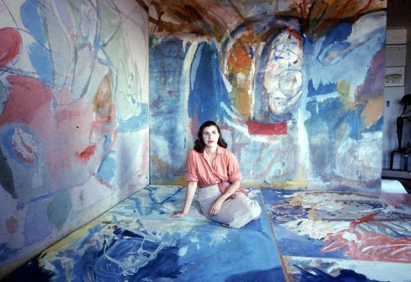 for G - 28frankenthaler - UNSPECIFIED - CIRCA 1956: Painter Helen Frankenthaler sitting amidst her art. (Gordon Parks/Time & Life Pictures/Getty Images)