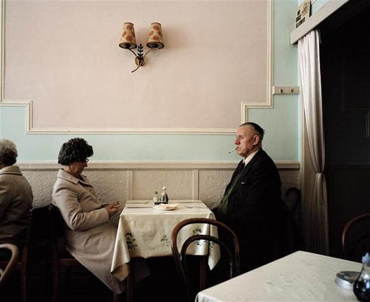 martin_parr_bored_couples_01